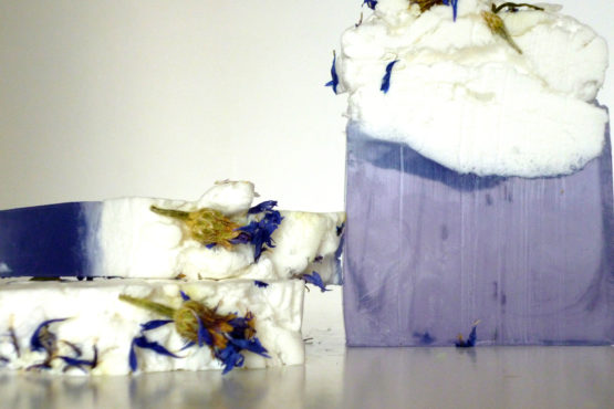Jabón artesanal de Flor de Iris