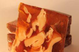 jabón artesanal de miel y jalea real de Sabó de Barcelona