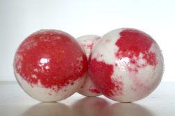 Bola de baño efervescente de Grosella de Sabó de Barcelona